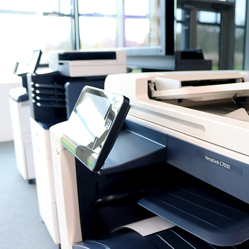 The benefits of utilizing COVID-19 signage collateral via. XEROX XMPie app